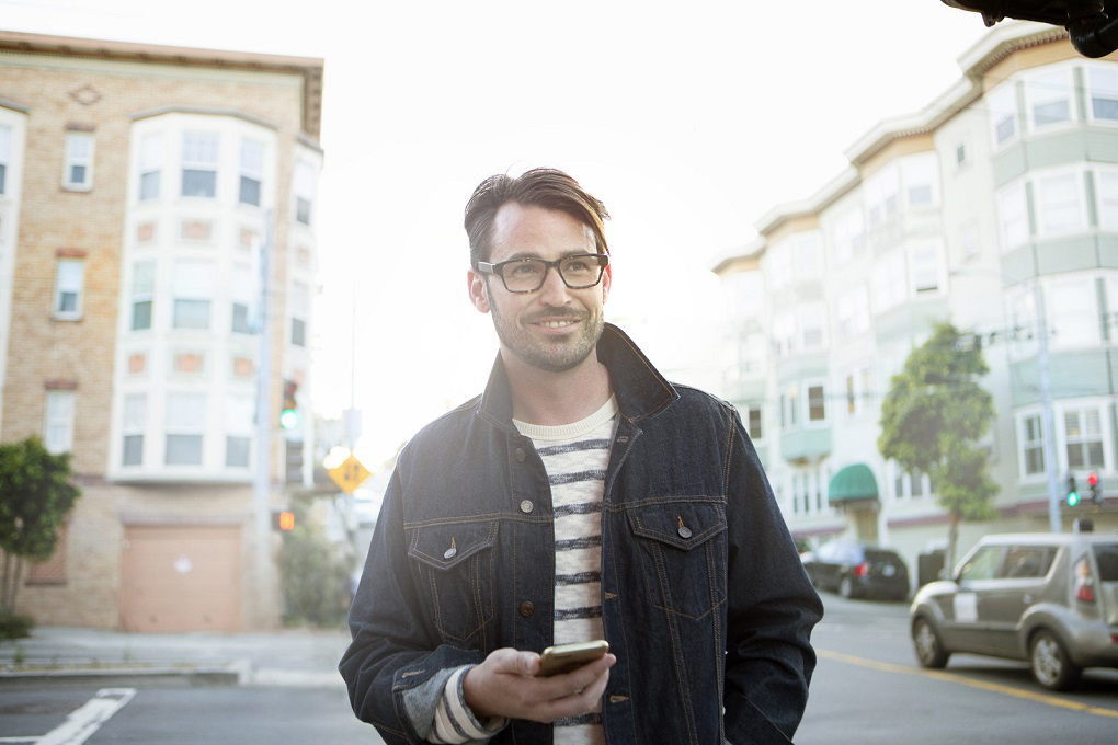Insurance company to release smart activity-tracking eyewear