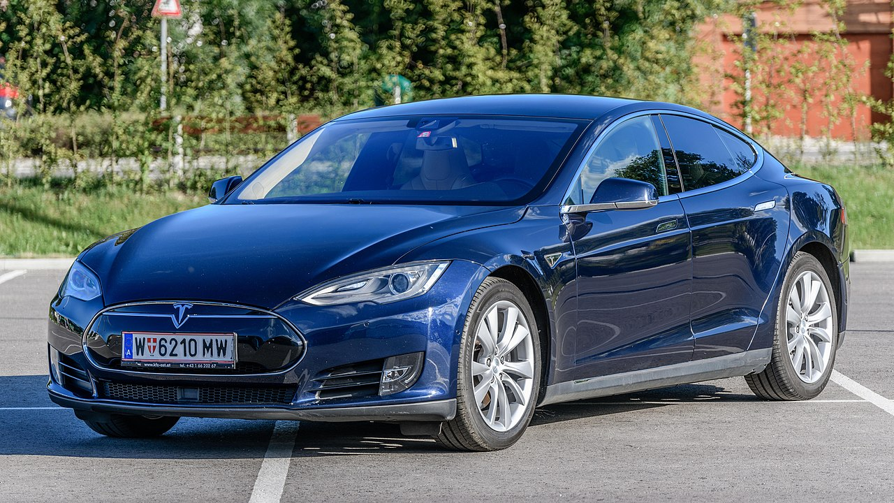 Stealing a Tesla by Relay Attack Is an Impressive, But Entirely Preventable Feat