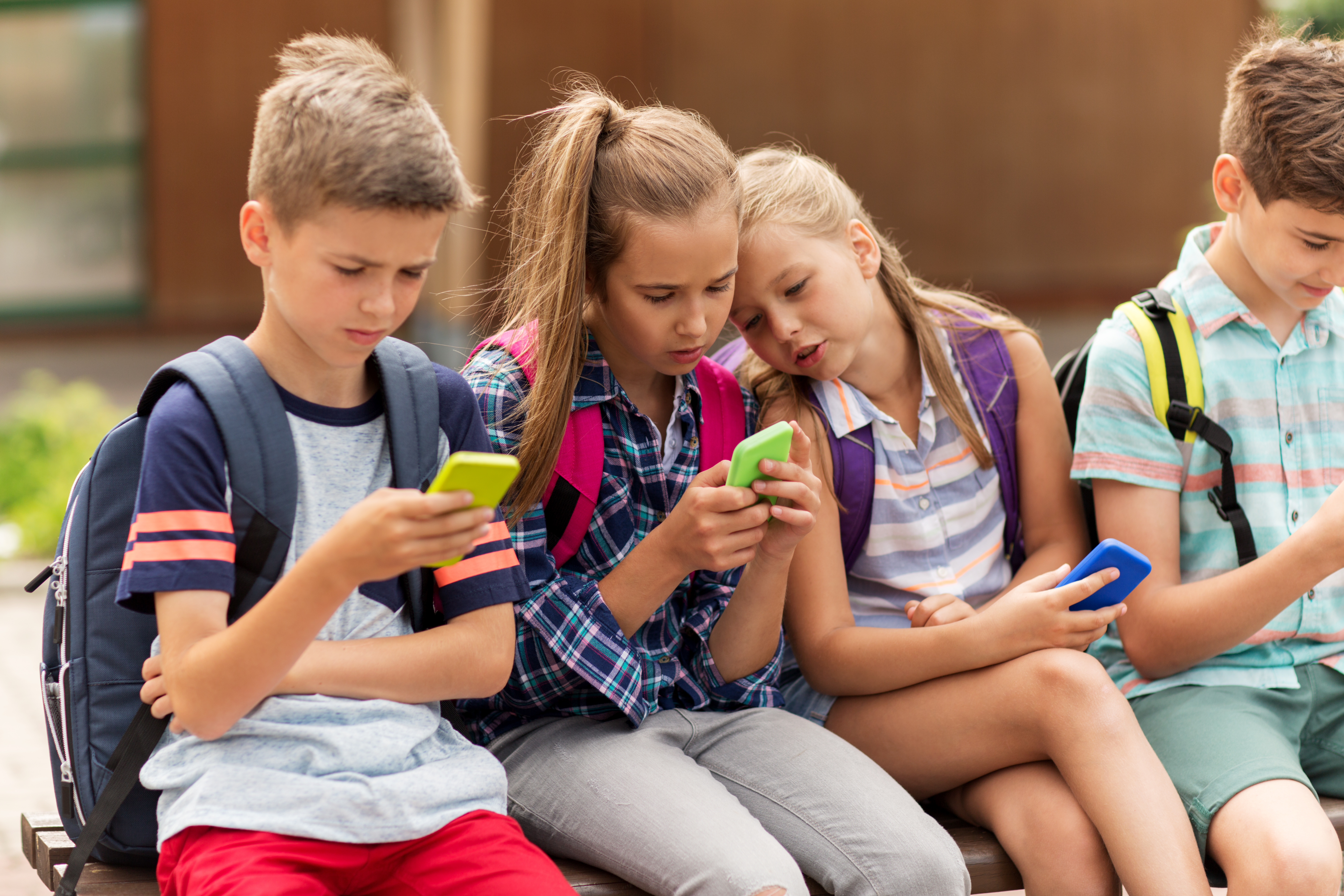 What parents need to know before letting kids use a smartphone