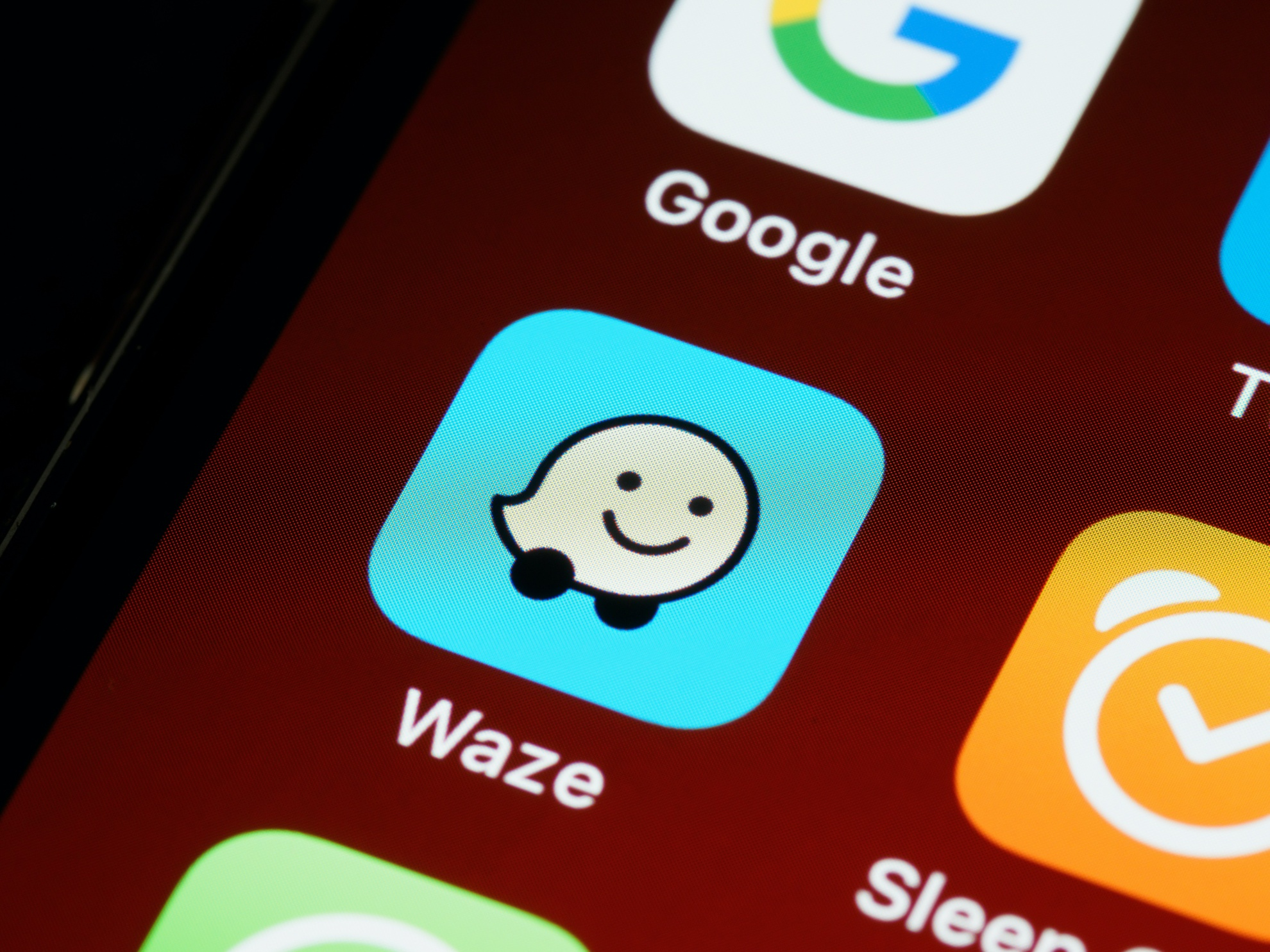 Security Researcher Finds Waze API Vulnerability Allowing Him to Track Users and Gather Data